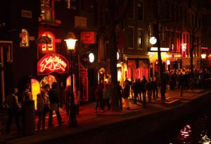 Private walking tour Amsterdam for a bachelor takes you to the condomerie